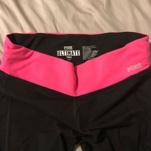 Victoria Secret Pink Ultimate Yoga Capris